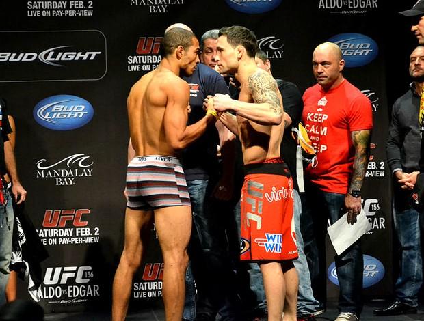 José Aldo e  Frankie Edgar na pesagem do UFC (Foto: Adriano Albuquerque)