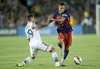 Adriano Barcelona 2 x 1 Los Angeles Galaxy (Foto: Getty Images)
