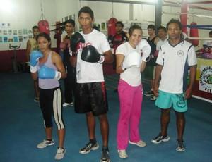Treinador Mikail Reis, a direita, será o responsável pela preparação de boxeadores da nova associação (Foto: Divulgação FBER)