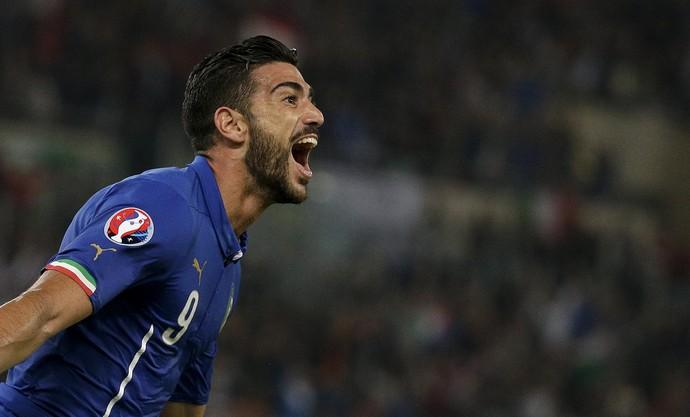 Pelle comemora gol da Itália contra a Noruega (Foto: Reuters)