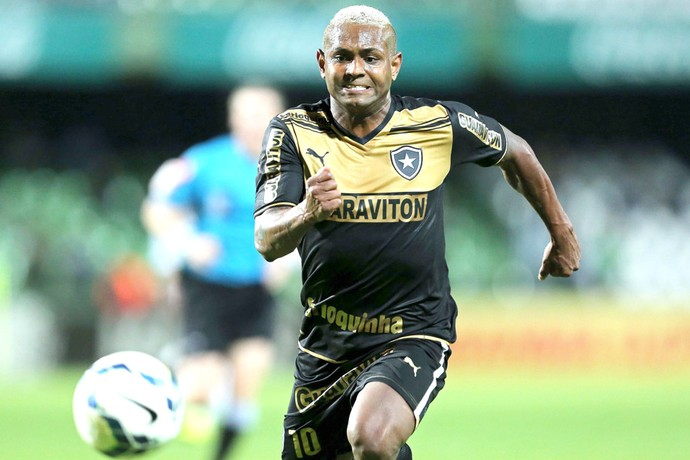 Jobson, Coritiba X Botafogo (Foto: Getty Images)