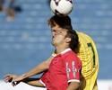Nêgo reclama de constante pressão no Vila Nova: 'Temos feito bons jogos'