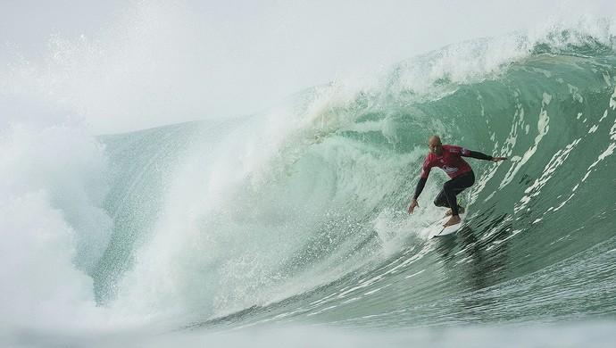 Kelly Slater perdeu na estreia da etapa da França do Circuito Mundial de Surfe (Foto: WSL)