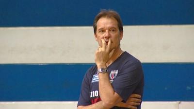 Chuí, técnico do time de basquete de Rio Claro (Foto: Cesar Fontenelle/EPTV)