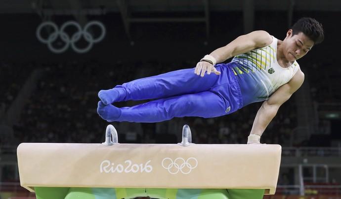 Sergio Sasaki final individual masculina ginástica artística (Foto: Damir Sagolj/REUTERS)