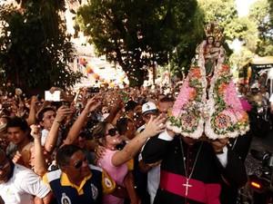 Imagem Peregrina de Nossa Senhora de Nazaré embarca para São Paulo. Círio de Nazaré Belém Pará devoção católica paraense padroeira Rainha da Amazônia (Foto: Tarso Sarraf/ O Liberal)