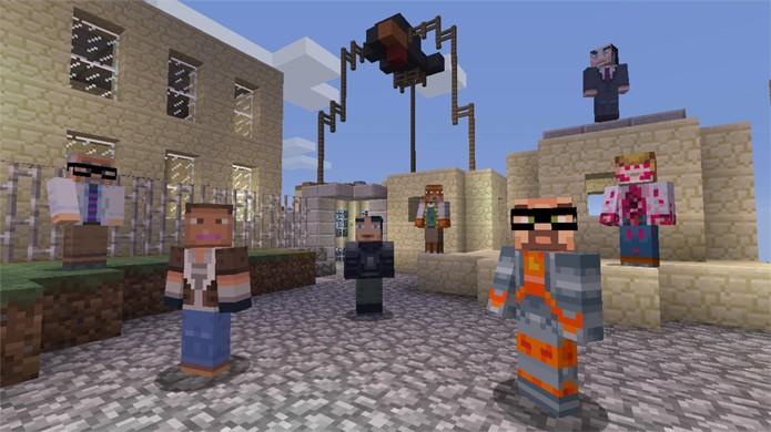 Gordon Freeman e vários personagens de Half-Life marcam presença em Minecraft (Foto: playxbla.com)