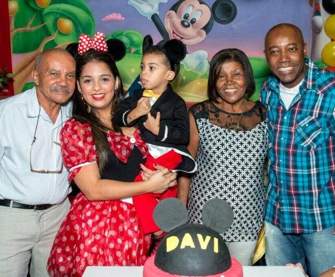 Família de Nando Cunha  (Foto: Arquivo pessoal)