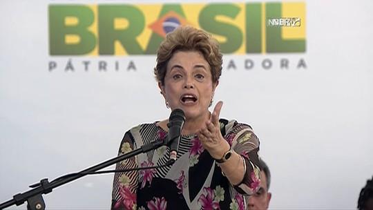 Dilma entrega casas na Bahia e volta a repetir que impeachment é golpe