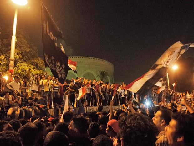 Milhares vão às ruas protestar contra Mohamed Mursi no Egito. (Foto: Gianluigi Guercia/AFP)