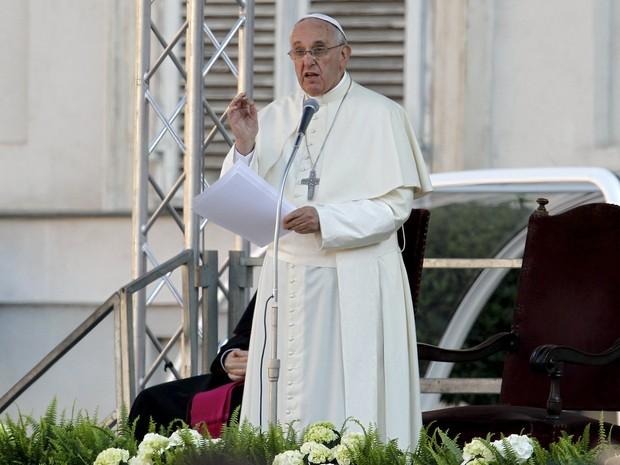 Papa Francisco fala a trabalhadores em Turim, na Itália (Foto: Alessandro Garofalo/Reuters)