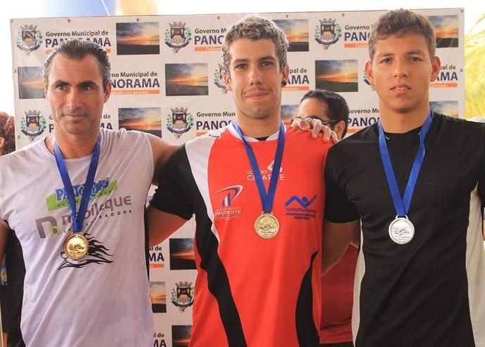 João Vitor Brambilla natação de Prudente Travessia Rio Paraná (Foto: Emerson Rodrigues / Panorama Notícia / Cedida)