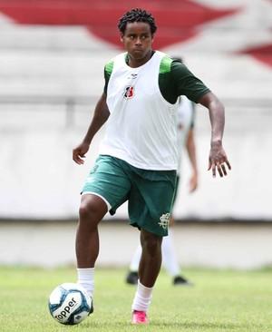 Elicarlos Santa Cruz (Foto: Marlon Costa/Pernambuco Press)