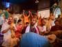 Comunidade Hare Krishna faz retiro de carnaval em Pinda, SP