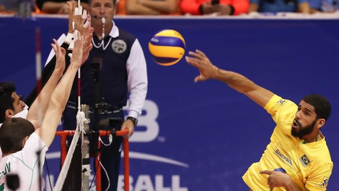 Brasil x Bulgária Liga Mundial de Vôlei - Wallace (Foto: FIVB)