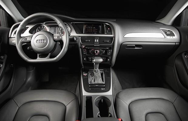 Audi A4 1.8 TFSI (Foto: Fabio Aro / Editora Globo)