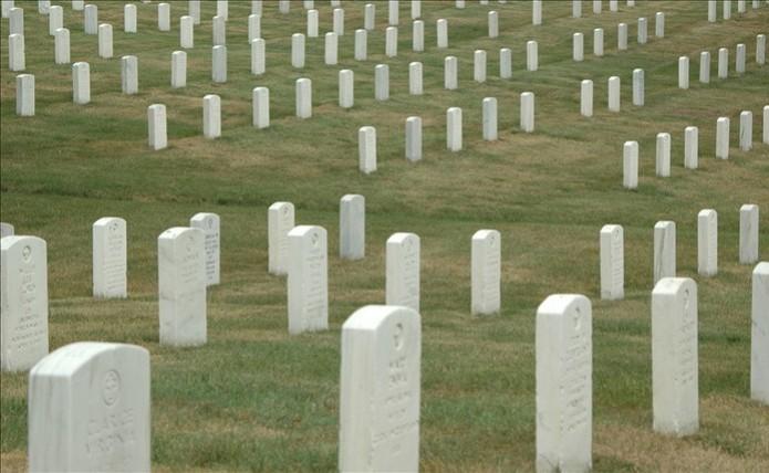Deixar como memorial ou encerar a conta na rede social? Saiba o que fazer com o perfil de falecidos (Foto: Pond5)