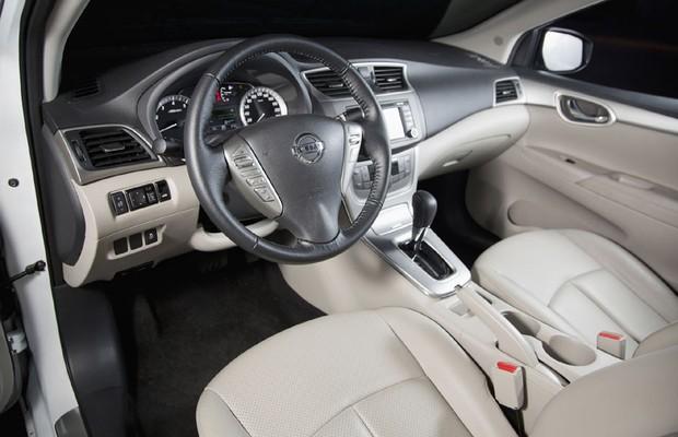 Análise - Nissan Sentra Unique x Ford Focus Fastback (Foto: Fabio Aro)