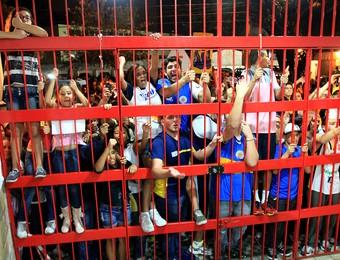 Torcida São José Basquete ginásio Lineu de Moura (Foto: Rafael Silva/Gazeta Press)