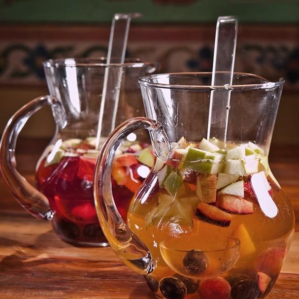 Sangria e clericot são opções de drinks (Foto: Divulgação)