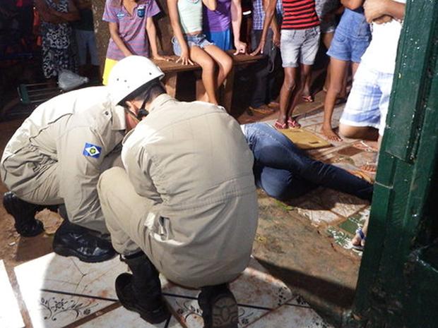 Mulher foi assassinada pelo ex-companheiro após se recusar a reatar o relacionamento (Foto: Gilvan Melo/Rádio Pioneira)