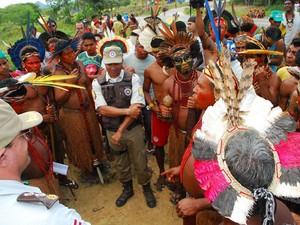 índios (Foto: Carlos Figueredo/Itamaraju Notícias)