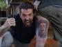 """Buffon faz surpresa para fã que tatuou seu rosto: """"Nem minha família faria"""""""