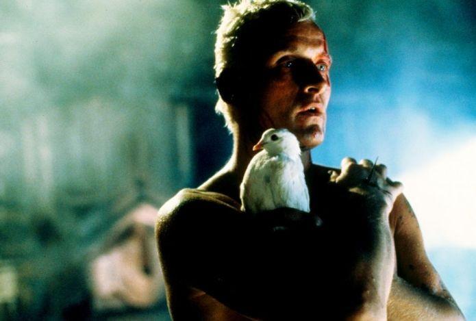 A realidade com seres artificiais chamados Replicantes, no filme Blade Runner, inspirou o jogo brasileiro (Foto: Divulgação)