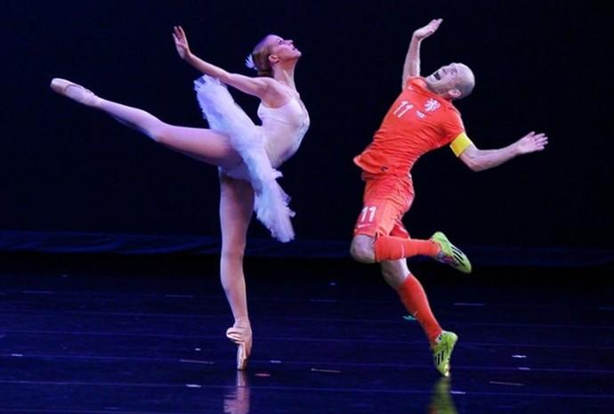 Robben dança em meme