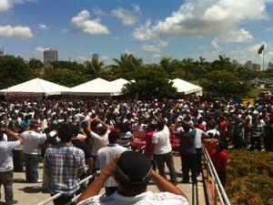 Paralisação da PM do RN reúne policiais no Centro Administrativo do estado (Foto: Arthur Barbalho)