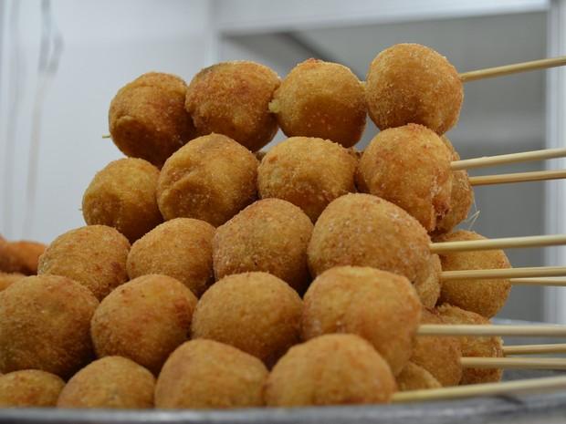 Famosos G1 - De churrasquinho a temaki: veja o que comer na Festa do Peão  JF47