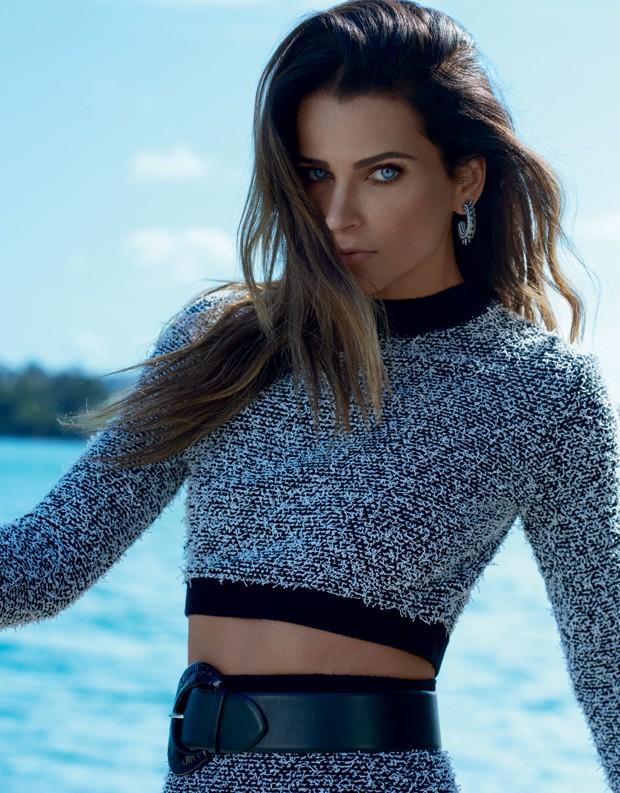 """Modelo em """"Totalmente Demais"""", Fernanda Motta desmitifica carreira: """"Já comi muito Miojo nesta vida"""""""