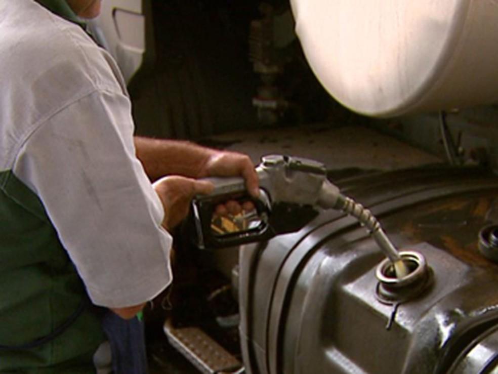 Aumento do preço do diesel afeta o bolso do consumidor (Foto: Reprodução/EPTV)