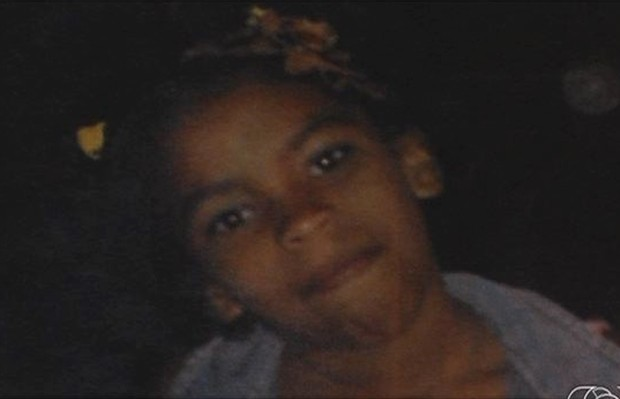 Família procura por menina de 10 anos desaparecida em Goiânia (Foto: Reprodução/TV Anhanguera)