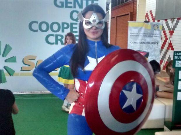 Evento em Cuiabá reúne vídeo-game, cosplay e celebridades da internet  (Foto: Carlos Palmeira/G1)