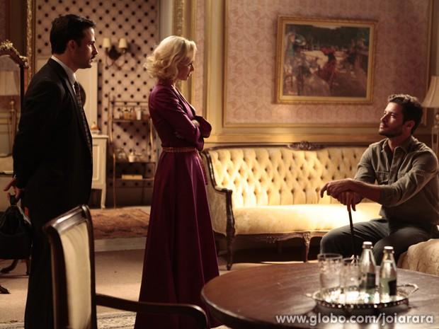 Não foi desta vez! Dr. Rubens revela que Aurora não está grávida e Davi fica arrasado (Foto: Pedro Curi/TV Globo)