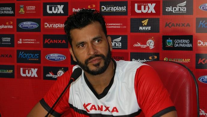 Glédson, goleiro do Campinense (Foto: Iago Bruno / GloboEsporte.com/pb)