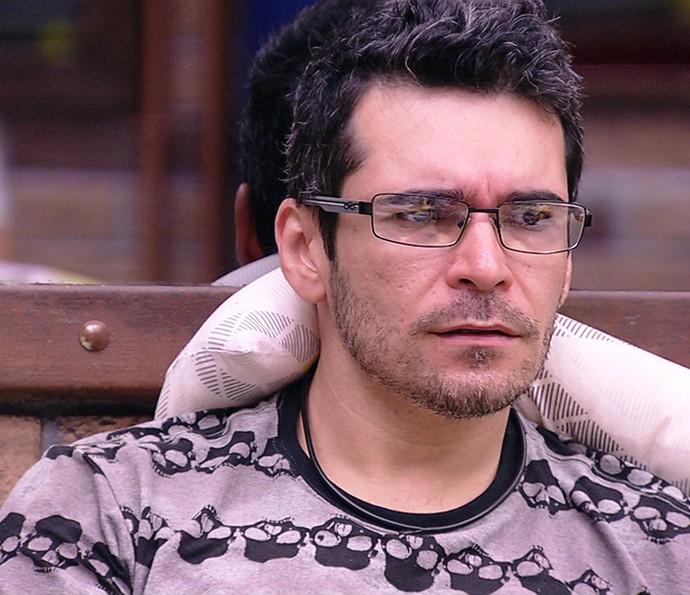 Alan discussão dia na casa 03_02 _20160203105731 (Foto: TV Globo)