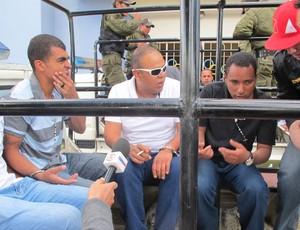 Torcedores Oruro prisão Corinthians (Foto: Leandro Canônico)