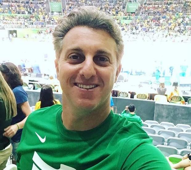 Luciano Huck no Maracanãzinho para uma partida de vôlei da Rio 2016 (Foto: Reprodução/Instagram)