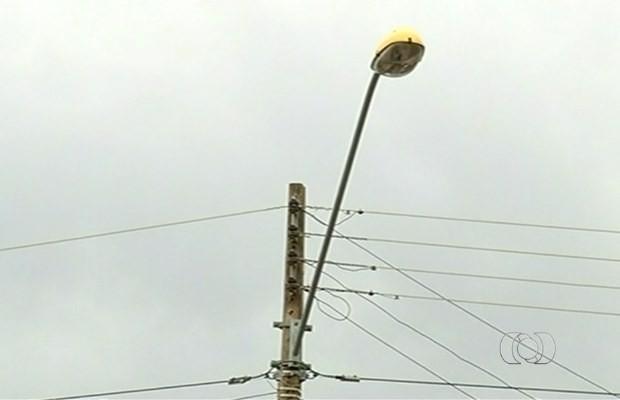 Cidades ficaram sem energia após problema na rede elétrica em Goiás (Foto: Reprodução/ TV Anhanguera)