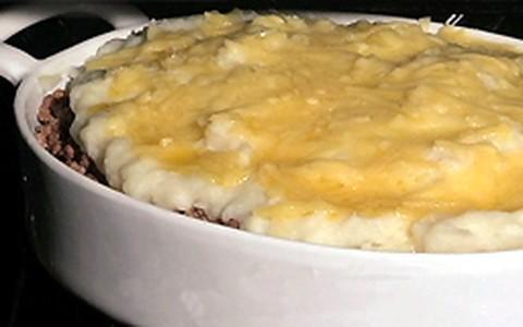 Torta de carne com batata