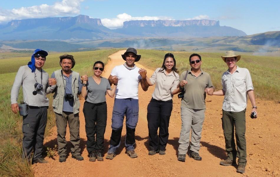 Equipe percorreu mais de cem quilômetros em oito dias (Foto: Divulgaçao)