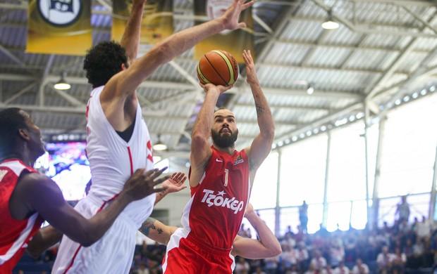 Olympiacos x Pinheiros (Foto: Samuel Vélez)