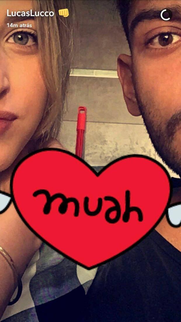 Lorena Carvalho e Lucas Lucco (Foto: Reprodução/Snapchat)