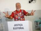 Principais candidatos ao governo da Bahia votam em Salvador