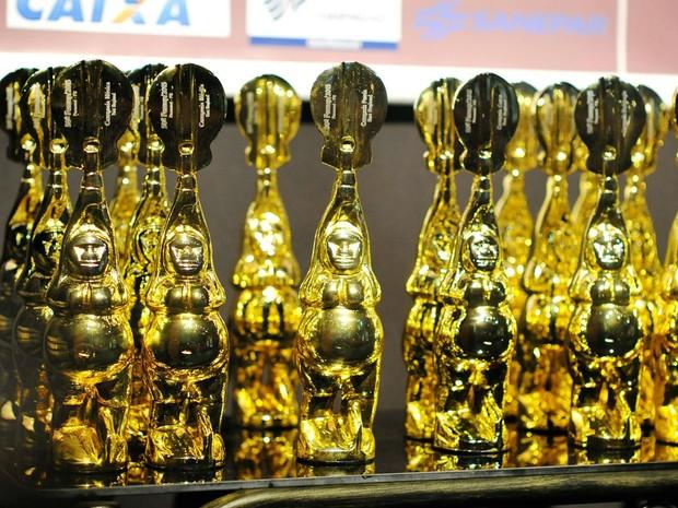 Símbolo do festival, o Troféu Barriguda é distribuído para todos os selecionados (Foto: Divulgação/Fundação Cultural de Paranavaí)