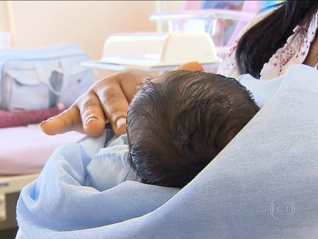 Gravidez precoce (Foto: Rede Globo)