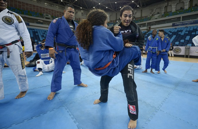 Aula MMA Parque Olímpico (Foto: Alexandre Loureiro)