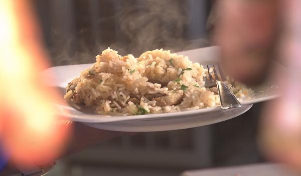 Hora do Rancho traz a receita de arroz com suã (Foto: Divulgação EPTV)